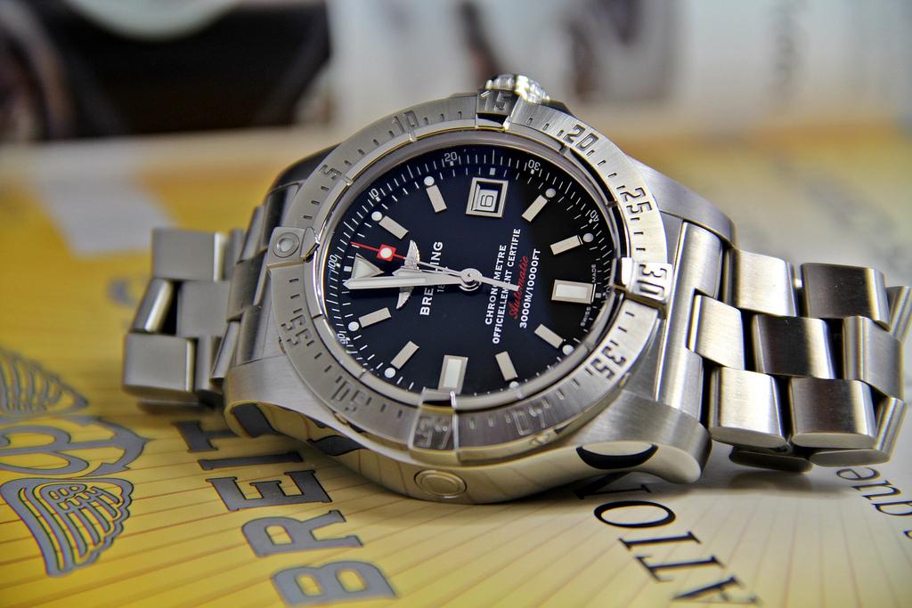 Broke Ex Spy Selling Special Mi5 Watch Watch The Americans