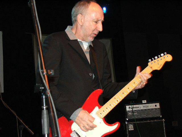 Pete Townsend Writes Song for The Americans